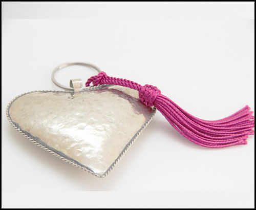 Key-ring heart with pompon