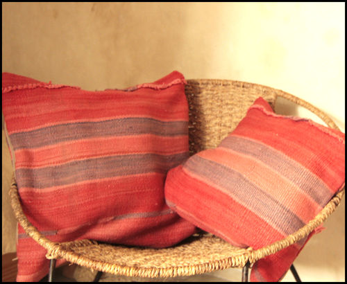 Cushion Nomade/ Bohemian pillow/ Kilim pillow Morocco