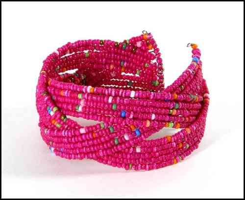 Bracelet with beads pink