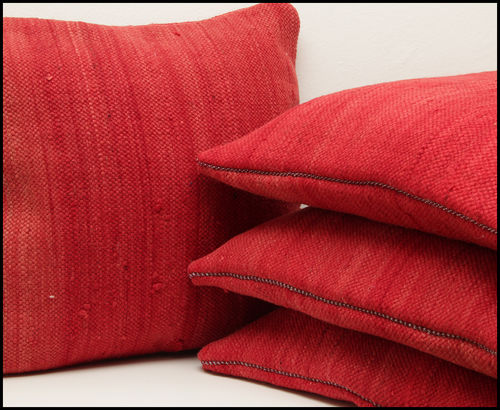 Cushion Nomade/ Bohemian pillow/ red wool